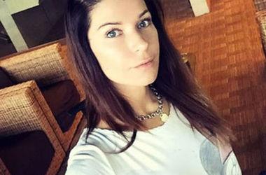 Актриса Екатерина Волкова похвасталась фигурой в бикини (фото)