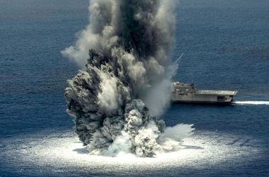 Американцы испытали новый корабль взрывом