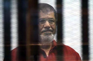 Бывшего президента Египта Мурси приговорили к пожизненному заключению