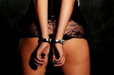 Через украинско-польскую границу мужчина пытался провезти украинок для продажи в сексуальное рабство