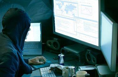 Хакеры украли из украинского банка  млн