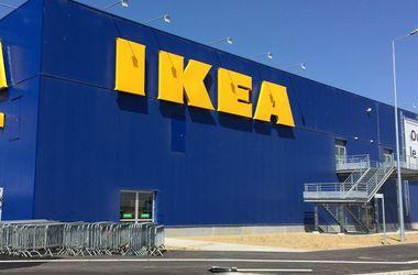 Ikea отзывает миллионы шкафов из-за смерти детей