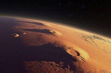 Илон Маск планирует в 2025 году высадить человека на Марс