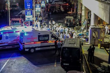 Из-за взрывов в Стамбуле погибла украинка
