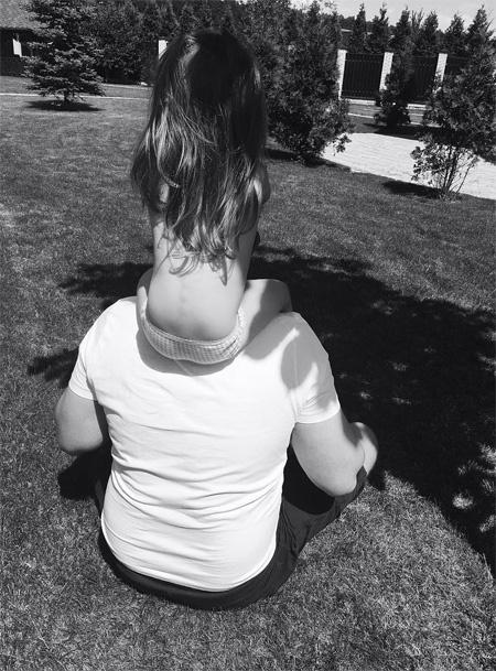 Кристина Асмус опубликовала фото 2-летней дочери с Гариком Харламовым