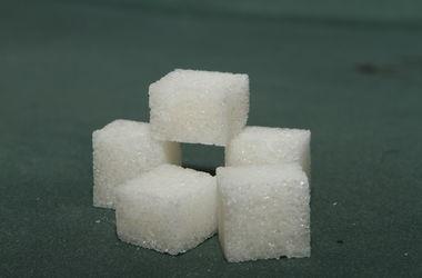 Медики назвали идеальную дневную норму сахара
