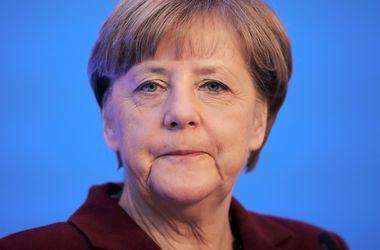 Меркель: продление санкций против РФ необходимо