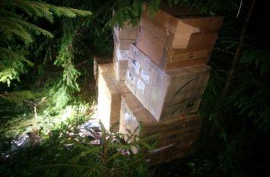 Мужчина пытался ввезти через румынско-украинскую границу более 4 тыс. пачек сигарет