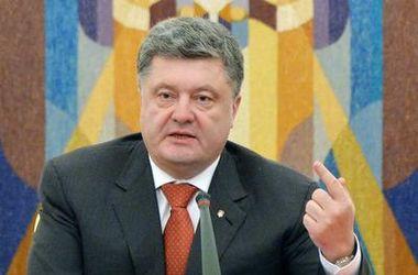 Порошенко приветствует решение Совета ЕС продолжить крымские санкции против РФ