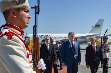 Порошенко приземлился в Болгарии