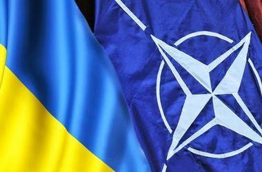 Саммит НАТО в Варшаве решит две ключевые задачи – глава представительства Альянса