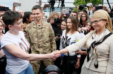 Савченко – о Тимошенко: Никакого букета не было