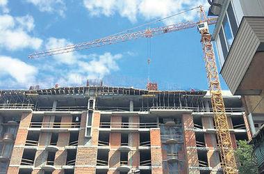 Скандал в центре Киева: из-за лишних этажей на Гончара ЮНЕСКО может исключить