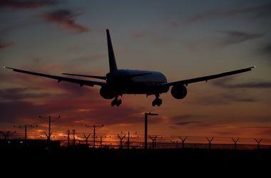 США разрешили шести авиакомпаниям летать на Кубу