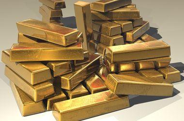 Стоимость золота взлетела на новостях о Brexit