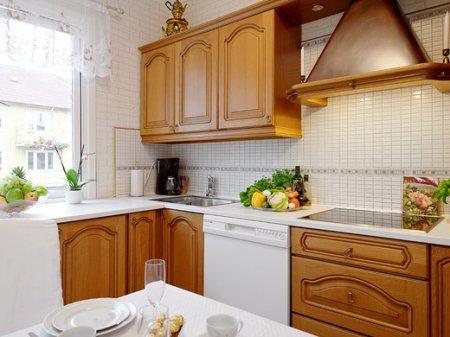 Как правильно выбрать стол и стулья для кухни
