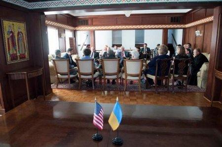 Гройсман в США встретился с членами украинской общины