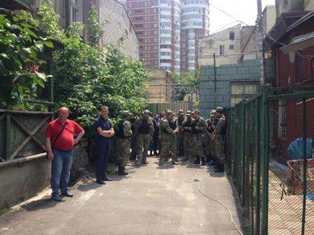 Конфликт вокруг строительства в Одессе: подрались активисты и охранники застройщика