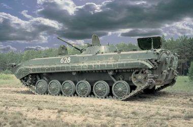 Трое бойцов получили по 14 тысяч грн за сбитый БМП боевиков – Штаб
