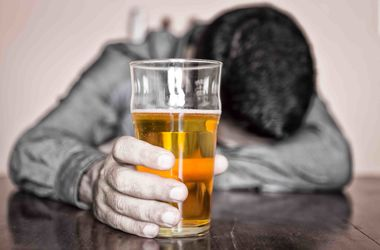 Ученые нашли неожиданную причину алкоголизма