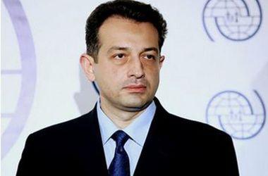 Украинский дипломат тонко высмеял Медведева и Керченский мост