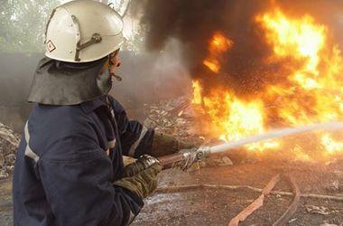 В Харькове всю ночь горели склады