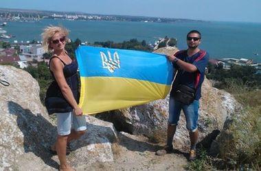 В Крыму ФСБ обыскала квартиру матери волонтера, которая живет в Днепре