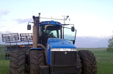 В Татарстане испытали беспилотный трактор