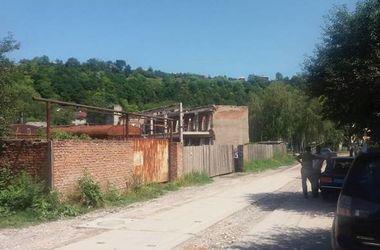 В Тернопольской области бизнесмен взял в заложники четырех рабочих
