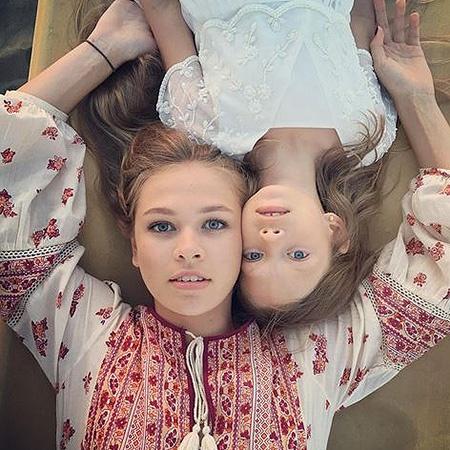Вера Брежнева поделилась трогательной фотографией дочерей