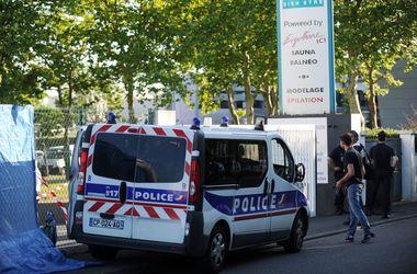 Во Франции мужчина убил жену и детей, после чего покончил с собой