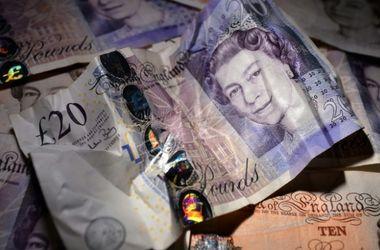 Британский фунт рухнул до 31-летнего