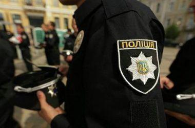 Двух киевских полицейских поймали на взятке