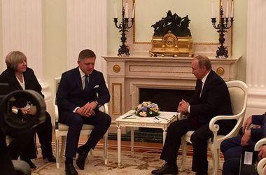 Еще один европейский лидер призвал отменить санкции против РФ
