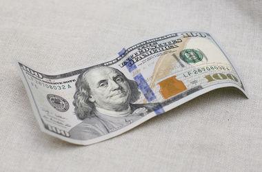 Курс доллара в Украине совершил новый скачок вверх