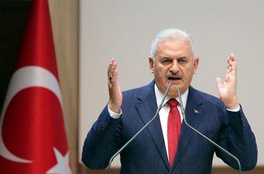 Премьер Турции объявил террористам