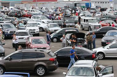 Украинцы теряют интерес к б/у автомобилям