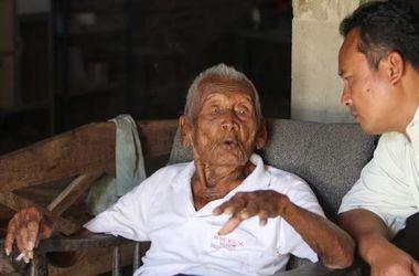 В Индонезии нашли живого 145-летнего мужчину