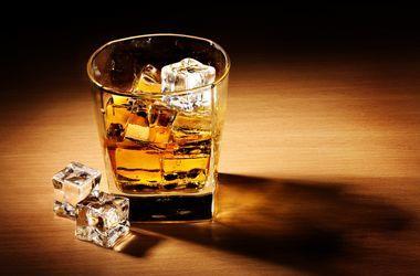 Количество умерших от отравления суррогатным алкоголем увеличилось до 35 человек
