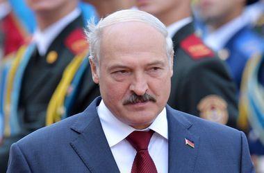 Лукашенко возглавил колонну байкеров на международном фестивале