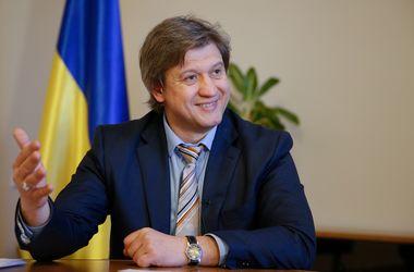 На счет Украины поступил 1 млрд долларов: в Минфине объяснили, откуда