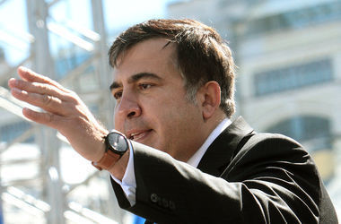 Саакашвили собрался в Грузию, но его там ждут неприятности