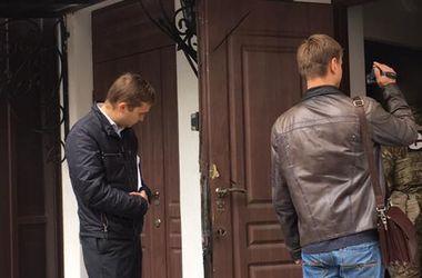 СБУ вновь проводит обыски в офисе Новинского (видео)