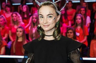 Секреты ухода за волосами от звезд: Завальская не пользуется феном, а Смириной помогает особая маска
