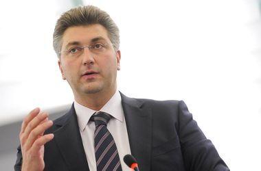 Вопрос безвиза для Украины связан с миграционным кризисом в ЕС: интервью с евродепутатом Пленковичем