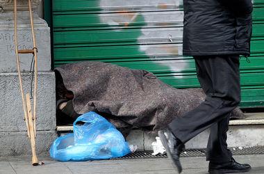 Российские подростки избили бездомного и выложили видео в интернет