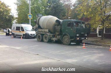 В Харькове бетономешалка насмерть сбила женщину