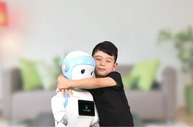 В Китае разработали роботов, которые полностью заменят родителей