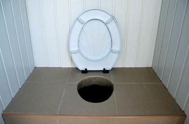 В России туалет убил трех человек