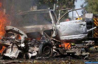 В Сомали в результате теракта в ресторане погибли люди